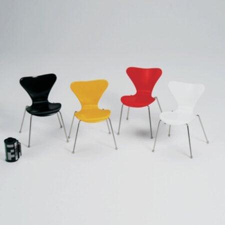Miniatura Cadeira Serie 7