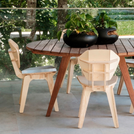 Cadeira de madeira natural Pétala Fitto