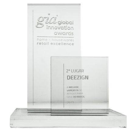 Prêmio Gia: Deezign.kids Vence O 2° Lugar &Bull; Premio Gia - 17 &Bull; Deezign